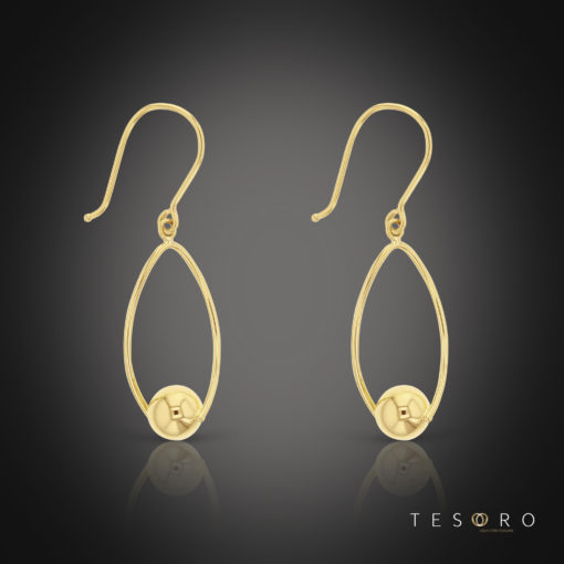 Neive Yellow Gold Oval Dangle Earrings